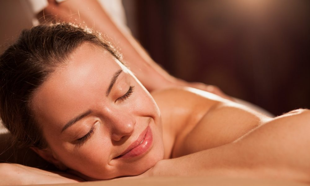 Massage-one-of-the-things-to-do-in-orange-county-to-get-rid-of-mental-health-problems