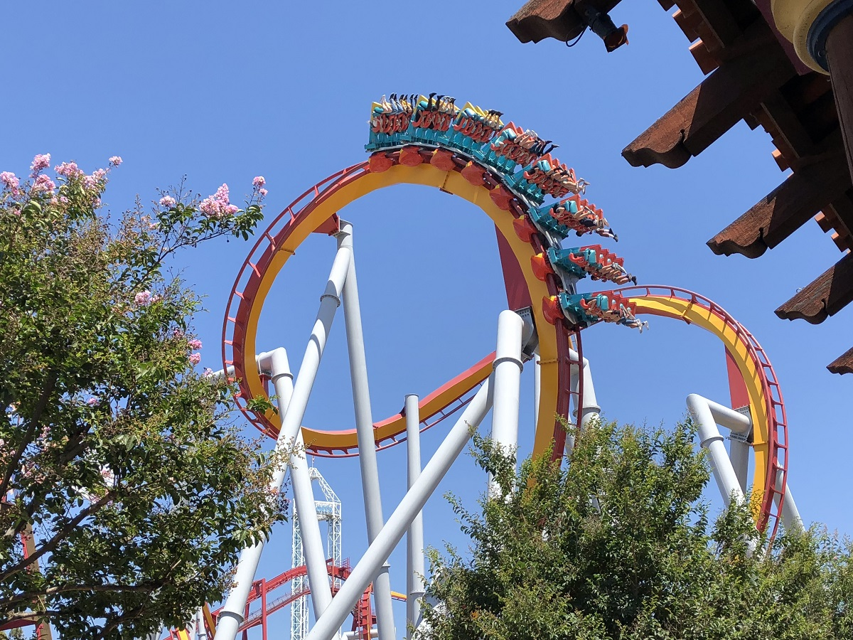Family-Friendly-Things-to-do-in-Orange-County-Include-Going-to-an-Amusement-Park