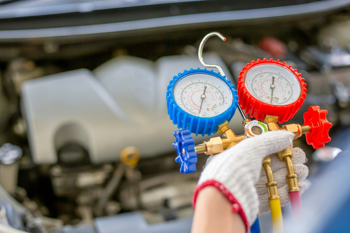 auto-repair-shops-in-Huntington-Beach-explains-air-conditioning-issues